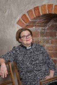 Piispan erityisavustaja Anna Hälli